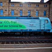 Audi erweitert CO2-freie Transporte mit DB Schenker Rail